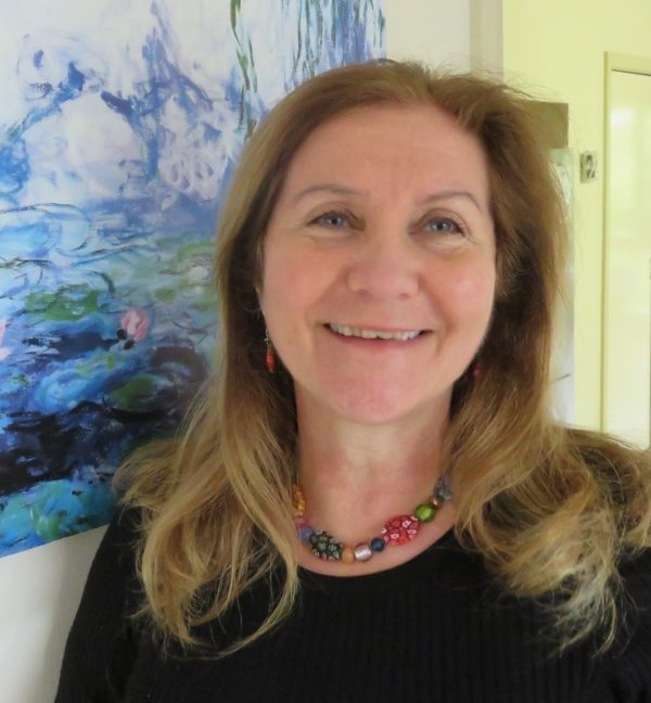 headshot of Maribel Steel smiling